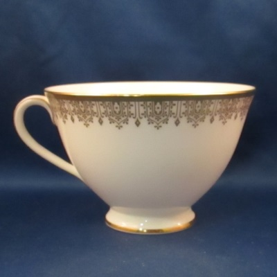 Royal Doulton Gold Lace cup