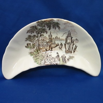 Royal Staffordshire Safe Harbour Multi-Brown bone dish
