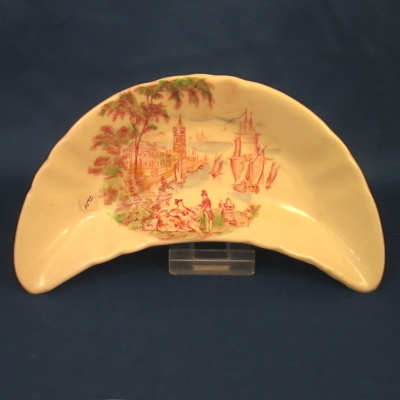 Royal Staffordshire Safe Harbour Multi-Red bone dish