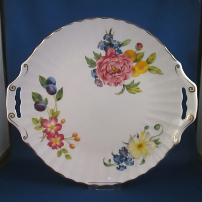 Royal Worcester Ashford-Gold Trim pierced cake plate