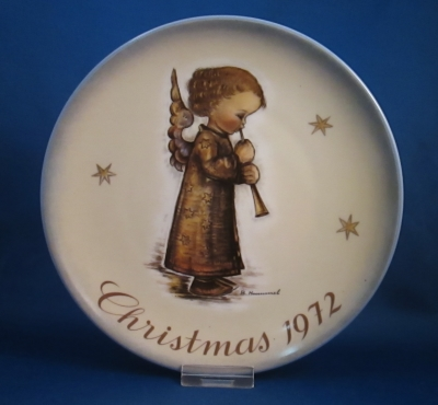1972 Christmas Plate - Angel with flute