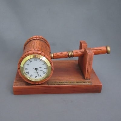 Gavel Clock