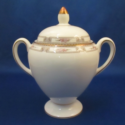 Wedgwood Colchester sugar with lid