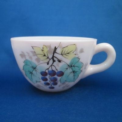 Westmoreland Beaded Edge - Fruit cup (grapes)